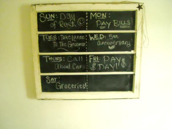 DIY Weekly Chalkboard Window Planner http://thecraftiestcouple.com