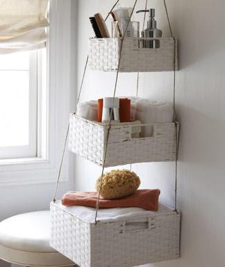 DIY Hanging Basket - Top 15 DIY Hanging Basket http://thecraftiestcouple.com