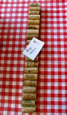 DIY Wine Cork Memo Board Craft