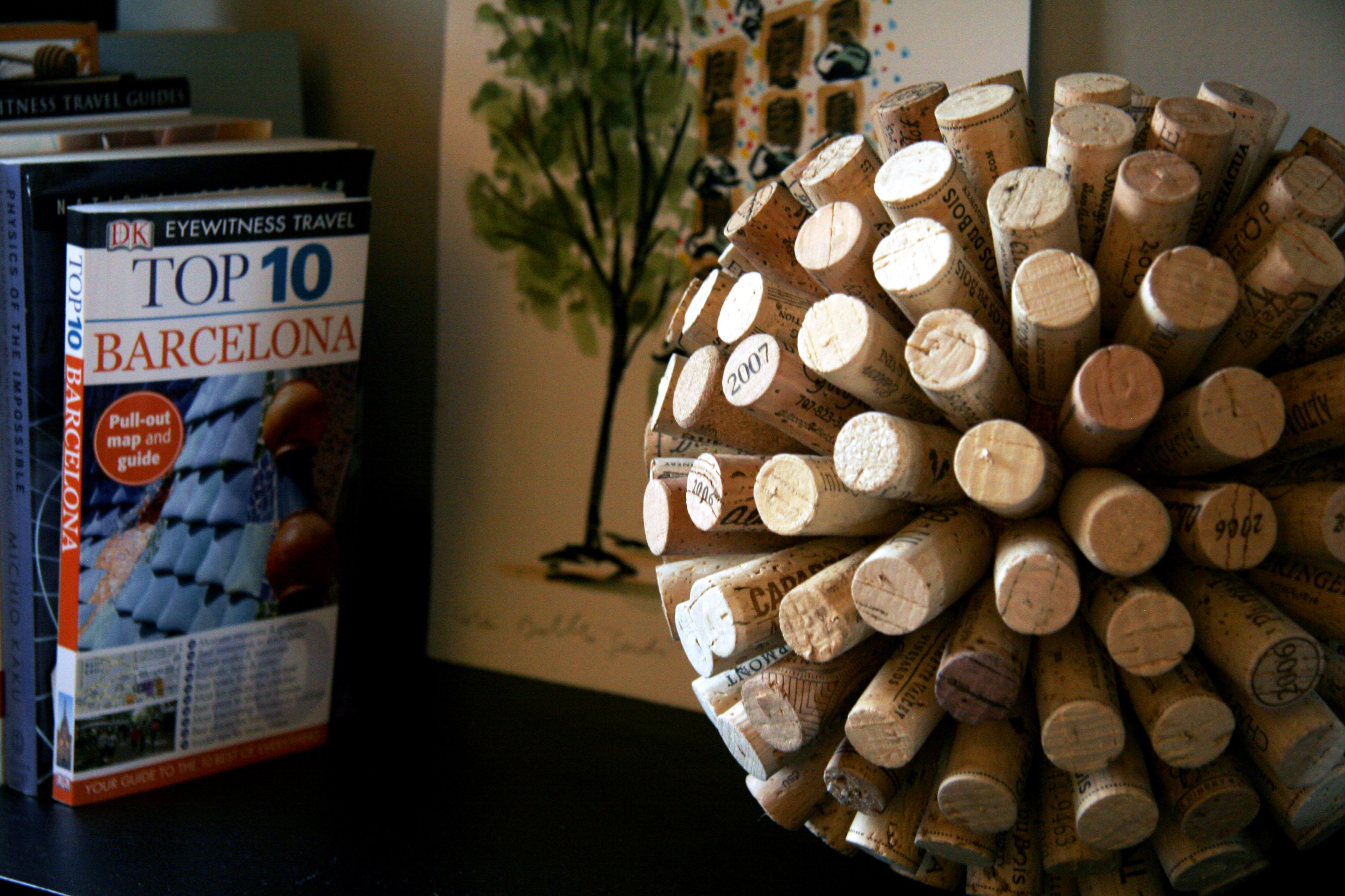 DIY Decorative Wne Cork Ball Craft