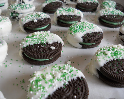 St. Patrick's Day Cool Mint Oreos