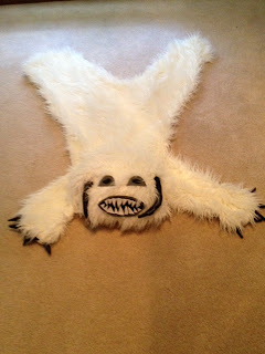 DIY Star Wars Wampa Rug Craft