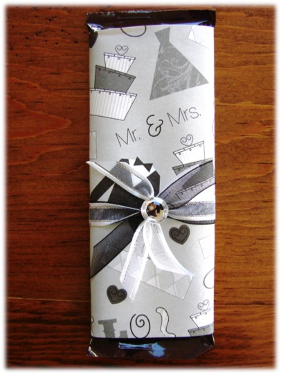 DIY Wrapped Candy Bar Wedding Favor Craft
