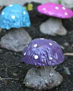 DIY Cement Mushroom