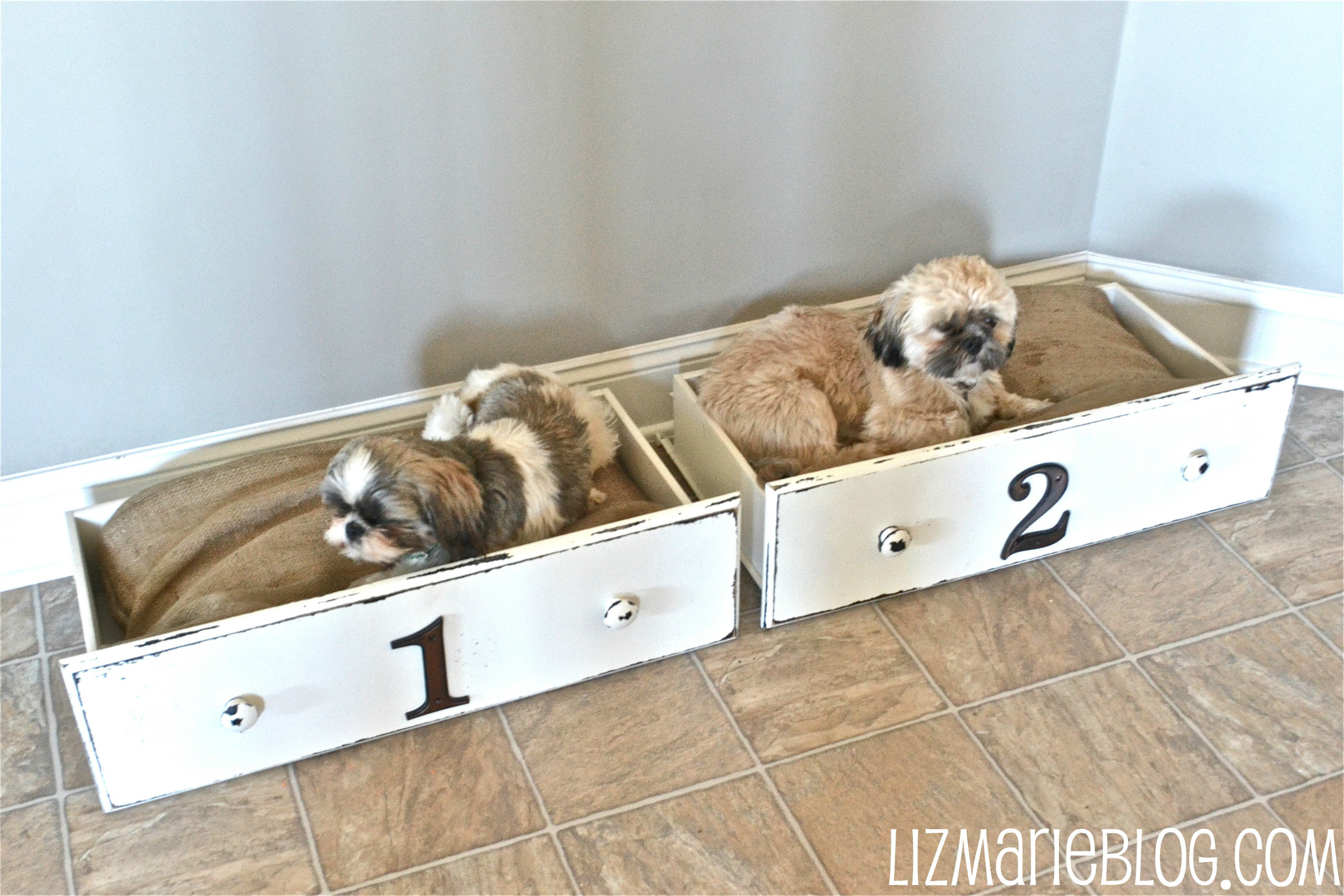 12 pawsome diy dog beds the craftiest couple. Black Bedroom Furniture Sets. Home Design Ideas