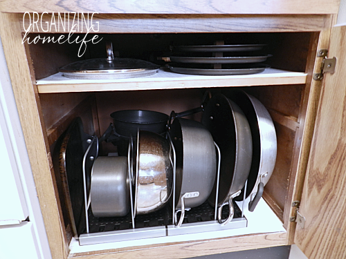 How to Frugally Organize Pots and Pans