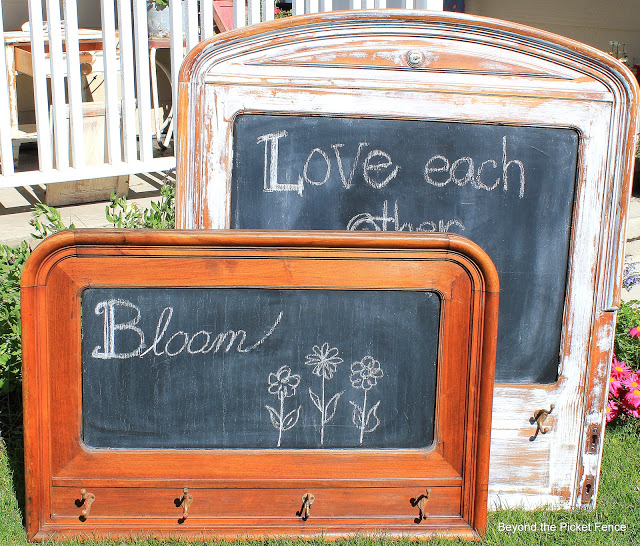 Headboard Chalkboards