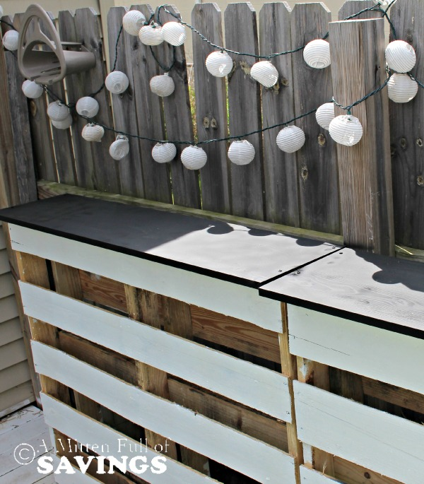 Great diy ideas and more 10 awesome diy pallet for Diy balcony bar