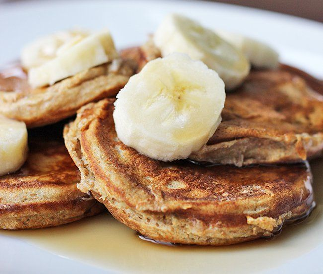 Skinny Mini Banana Pancakes